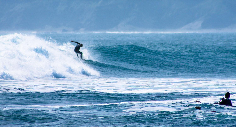 Waitara club escuela de surf for Cabanas waitara